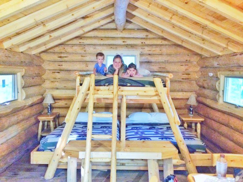 interior cabaña omega park