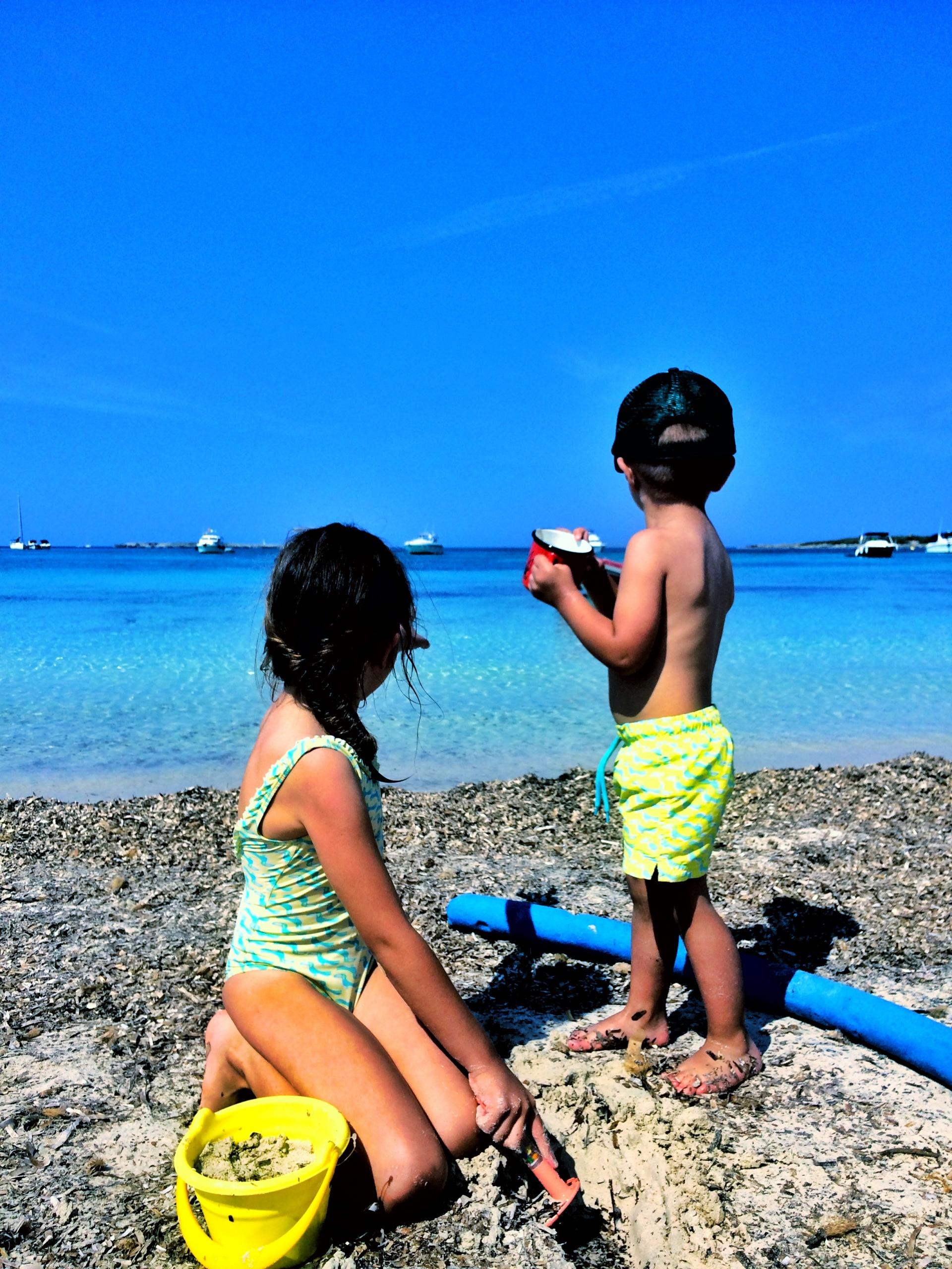 niños playa mallorca